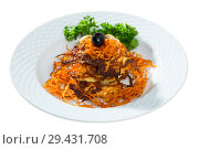 Купить «Close up of tasty fried carrot pancakes with mushrooms and greens served», фото № 29431708, снято 21 ноября 2018 г. (c) Яков Филимонов / Фотобанк Лори