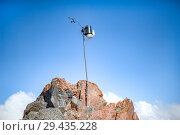 Купить «old scientific instrument on a stick on Elbrus», фото № 29435228, снято 6 июля 2015 г. (c) katalinks / Фотобанк Лори