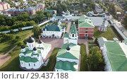 Купить «View from drones of Spaso-Preobrazhensky monastery in Murom», видеоролик № 29437188, снято 27 июня 2018 г. (c) Яков Филимонов / Фотобанк Лори