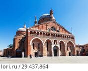 Купить «The Basilica of St. Anthony in Padua, Italy», фото № 29437864, снято 20 апреля 2017 г. (c) Наталья Волкова / Фотобанк Лори