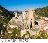 Купить «Medieval fortress Chateau de Foix», фото № 29440072, снято 6 октября 2018 г. (c) Яков Филимонов / Фотобанк Лори