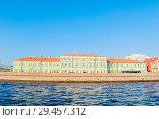 Купить «Дворец императора Петра II. Санкт-Петербург, Россия», фото № 29457312, снято 3 октября 2016 г. (c) Зезелина Марина / Фотобанк Лори