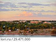Купить «Midnight sun in Mariehamn, capital of Aland Islands. Finland», фото № 29471000, снято 9 июля 2018 г. (c) Валерия Попова / Фотобанк Лори