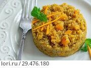 Porridge made from quinoa and pumpkin with mint. Стоковое фото, фотограф Марина Сапрунова / Фотобанк Лори