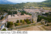 Купить «Aerial view of Castle of Abbey Sainte-Marie d'Orbieu in Lagrasse», фото № 29496856, снято 6 октября 2018 г. (c) Яков Филимонов / Фотобанк Лори