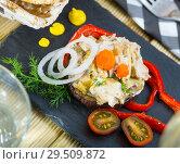 Купить «Chicken salad served on eggplant», фото № 29509872, снято 16 февраля 2019 г. (c) Яков Филимонов / Фотобанк Лори