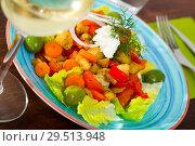 Купить «Warm salad with baked vegetables», фото № 29513948, снято 5 июля 2020 г. (c) Яков Филимонов / Фотобанк Лори