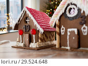 Купить «close up of christmas gingerbread houses at home», фото № 29524648, снято 30 октября 2014 г. (c) Syda Productions / Фотобанк Лори