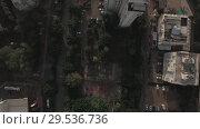 Купить «Cityscape with cars and roads and trees visible», видеоролик № 29536736, снято 16 июля 2019 г. (c) Данил Руденко / Фотобанк Лори