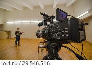 Купить «Кастинг, кинопробы, выступление перед видеокамерой», фото № 29546516, снято 29 октября 2018 г. (c) Яковлев Сергей / Фотобанк Лори