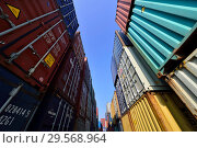 Купить «Germany, North Rhine-Westphalia - inland port in Duisburg», фото № 29568964, снято 7 марта 2018 г. (c) Caro Photoagency / Фотобанк Лори