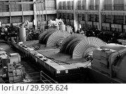 Купить «Котлотурбинный цех. Установка новой турбины», фото № 29595624, снято 2 июня 2008 г. (c) Александр Гаценко / Фотобанк Лори
