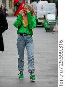 Купить «Singer Louisa Johnson arriving at Global Radio Studios to appear for an interview - London Featuring: Louisa Johnson Where: London, United Kingdom When: 19 Mar 2018 Credit: WENN.com», фото № 29599316, снято 19 марта 2018 г. (c) age Fotostock / Фотобанк Лори