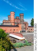 Купить «Фридрихсбургские ворота. Калининград», эксклюзивное фото № 29618880, снято 9 июля 2018 г. (c) Александр Щепин / Фотобанк Лори