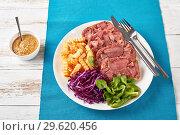 Купить «sliced aspic of beef tongue with salad», фото № 29620456, снято 18 декабря 2018 г. (c) Oksana Zh / Фотобанк Лори