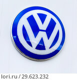 Купить «Official dealership sign of Volkswagen», фото № 29623232, снято 12 июня 2018 г. (c) FotograFF / Фотобанк Лори