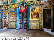 Купить «Orthodox iconostasis inside the ancient wooden Trinity Church», фото № 29623240, снято 11 июня 2018 г. (c) FotograFF / Фотобанк Лори
