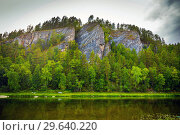 Купить «Scenic view of the opposite rocky shore of the river. The nature of the Urals.», фото № 29640220, снято 3 сентября 2018 г. (c) Акиньшин Владимир / Фотобанк Лори