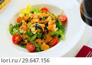 Купить «Appetizing sea salad with Seafood Cocktail», фото № 29647156, снято 19 января 2019 г. (c) Яков Филимонов / Фотобанк Лори