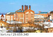Купить «View on Zhiguli Brewery in sunny winter day in Samara, Russia», фото № 29659340, снято 17 февраля 2018 г. (c) FotograFF / Фотобанк Лори