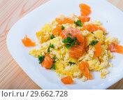 Купить «Smoked salmon omelette», фото № 29662728, снято 19 января 2019 г. (c) Яков Филимонов / Фотобанк Лори