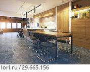 Купить «modern loft kitchen», фото № 29665156, снято 17 января 2019 г. (c) Виктор Застольский / Фотобанк Лори