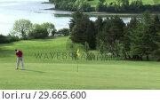 Купить «Man playing Golf», видеоролик № 29665600, снято 7 июня 2007 г. (c) Wavebreak Media / Фотобанк Лори