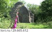 Купить «An Ancient Ruin», видеоролик № 29665612, снято 27 марта 2019 г. (c) Wavebreak Media / Фотобанк Лори