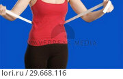 Купить «Blue screen footage of a woman working out», видеоролик № 29668116, снято 17 февраля 2020 г. (c) Wavebreak Media / Фотобанк Лори