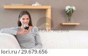 Купить «Brunette woman drinking red wine», видеоролик № 29679656, снято 4 ноября 2011 г. (c) Wavebreak Media / Фотобанк Лори