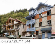 Купить «Beautiful residential buildings near the Resort Park, Borjomi», фото № 29711544, снято 26 сентября 2018 г. (c) Юлия Бабкина / Фотобанк Лори