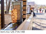 Купить «Shawarma is one of the most popular fast food», фото № 29714148, снято 2 мая 2018 г. (c) FotograFF / Фотобанк Лори