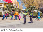 Купить «Russia, Samara, May 2018: Anti-aircraft missile system (SAM) S-300 parked up on the city street», фото № 29722960, снято 5 мая 2018 г. (c) Акиньшин Владимир / Фотобанк Лори