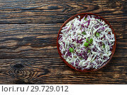 Malfouf Salad, Lebanese Cabbage Slaw, close-up. Стоковое фото, фотограф Oksana Zh / Фотобанк Лори
