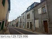 Купить «Bligny-sur-Ouche narrow streets», фото № 29729996, снято 12 октября 2018 г. (c) Яков Филимонов / Фотобанк Лори