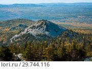 Купить «Национальный парк Зюраткуль. Гора голая сопка», фото № 29744116, снято 24 сентября 2016 г. (c) Евгений Бобков / Фотобанк Лори
