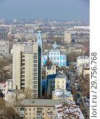 Купить «Городской пейзаж. Вид сверху. Екатеринбург», фото № 29756768, снято 27 февраля 2012 г. (c) Сергей Афанасьев / Фотобанк Лори