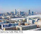 Купить «Городской пейзаж. Вид сверху. Екатеринбург», фото № 29756772, снято 27 февраля 2012 г. (c) Сергей Афанасьев / Фотобанк Лори