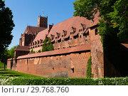Купить «Gothic Castle of Teutonic Knights, Malbork», фото № 29768760, снято 13 мая 2018 г. (c) Яков Филимонов / Фотобанк Лори