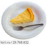 Купить «Slice of homemade cheesecake», фото № 29768832, снято 16 октября 2018 г. (c) Яков Филимонов / Фотобанк Лори
