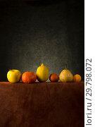 Купить «Натюрморт с фруктами на столе», фото № 29798072, снято 25 ноября 2018 г. (c) V.Ivantsov / Фотобанк Лори
