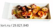 Купить «Pulpo a la Gallega (Galician octopus)», фото № 29821840, снято 28 ноября 2018 г. (c) Яков Филимонов / Фотобанк Лори