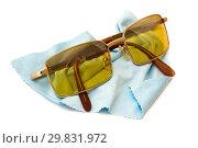 Купить «Антибликовые очки для водителей с поляризационными стёклами», фото № 29831972, снято 29 января 2019 г. (c) Александр Романов / Фотобанк Лори