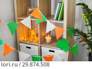 Купить «home interior decorated for st patricks day party», фото № 29874508, снято 31 января 2018 г. (c) Syda Productions / Фотобанк Лори