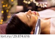 Купить «woman having hydradermie facial treatment in spa», фото № 29874616, снято 26 января 2017 г. (c) Syda Productions / Фотобанк Лори