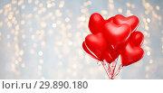 Купить «red heart shaped helium balloons on white», фото № 29890180, снято 30 ноября 2018 г. (c) Syda Productions / Фотобанк Лори
