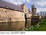 Купить «Entrance building Heeswijk castle», фото № 29891864, снято 25 марта 2007 г. (c) John Stuij / Фотобанк Лори