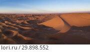 Aerial view on dunes in Sahara desert (2018 год). Стоковое фото, фотограф Михаил Коханчиков / Фотобанк Лори