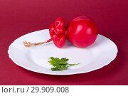 Купить «Твёрдый копчёный сыр ручной работы в парафиновой оболочке», фото № 29909008, снято 13 января 2019 г. (c) V.Ivantsov / Фотобанк Лори