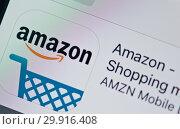Купить «Приложение для смартфона Amazon.com (изображение на экране телефона)», фото № 29916408, снято 9 февраля 2019 г. (c) Екатерина Овсянникова / Фотобанк Лори